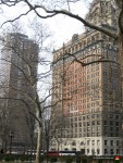 06-new-york-battery-park-building-square