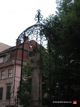 berlin-germany-sculpture