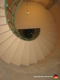 berlin-germany-siegessäule-stairs