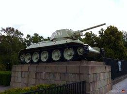 berlin-germany-tiergarten-tank