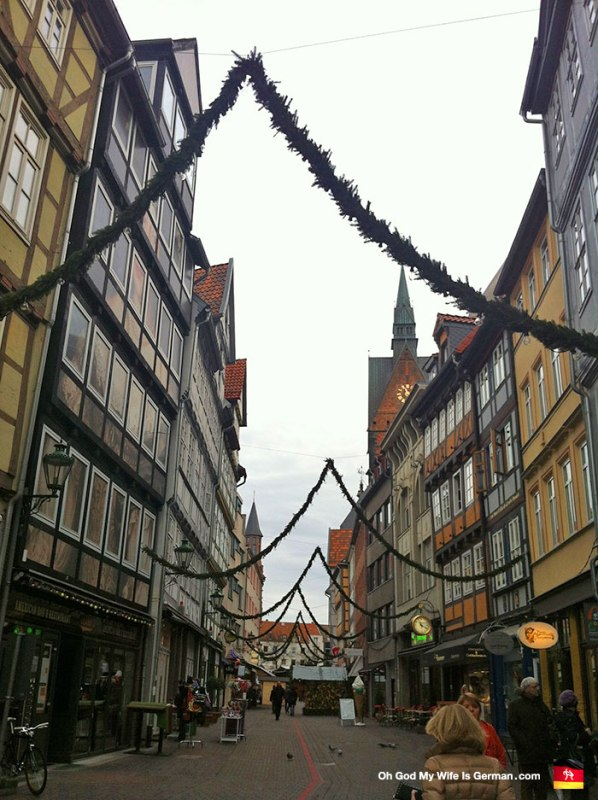 This is Kramerstraße, facing the old Market Church. This was the morning the Weihnachtsmarkt opened, and they were not selling Glüwein yet (not even after I tried to bribe the booth operators with my useless American dollars).