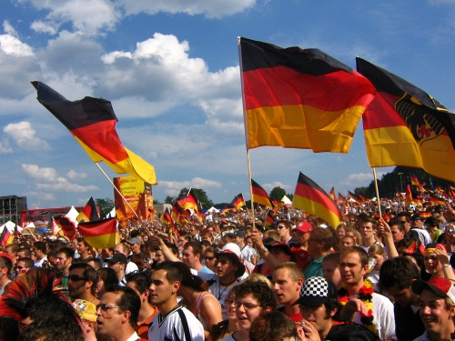 german-soccer-fans-flag-crowd-germany