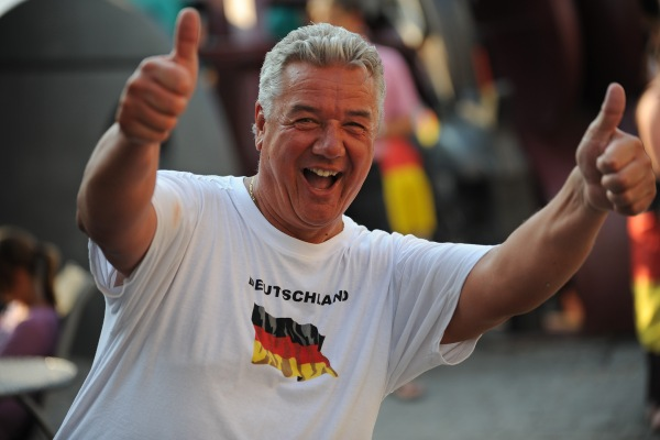 funny-german-soccer-fussball-fan-drunk