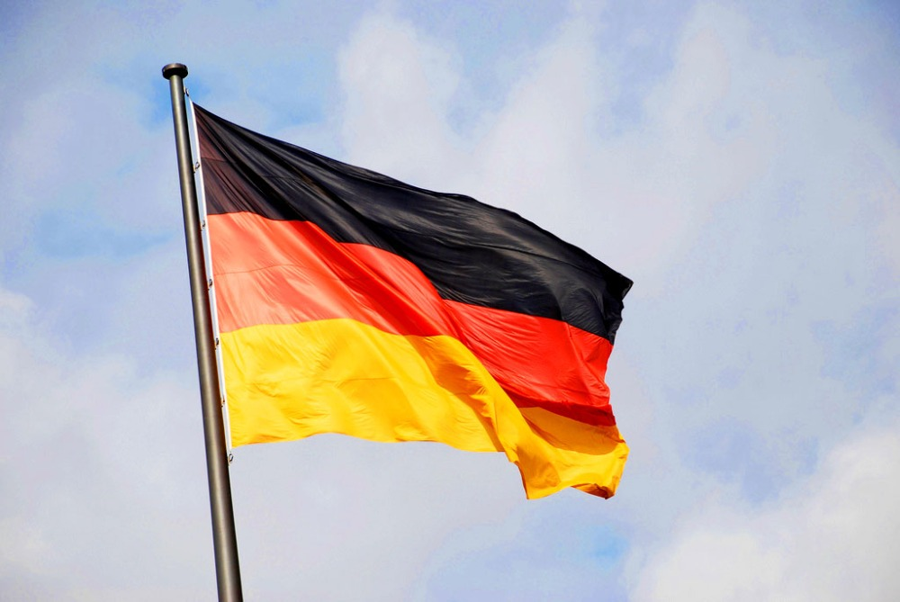How to Become A Permanent Resident of Germany: 6 Tips for American Citizens with German Spouses (1/6)