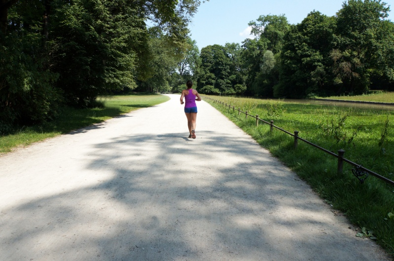funny jogging picture of a woman running alone