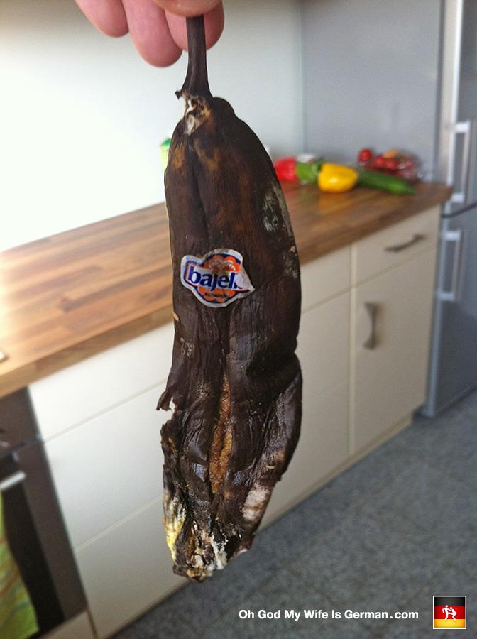 Rotten-Banana-Black-Germany