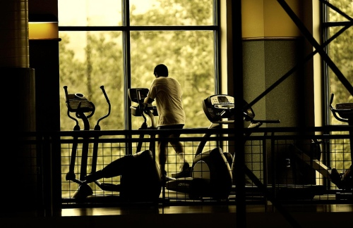 11-alone-at-the-gym-funny-working-out-fitness-lonely