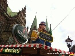 18-bremen-freimarkt-marktplatz-rathaus-town-hall-booths