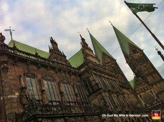 24-town-hall-and-cathedral-in-bremen-germany