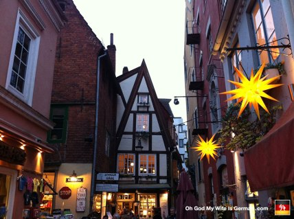 37-schnoor-medieval-neighborhood-bremen-deutschland