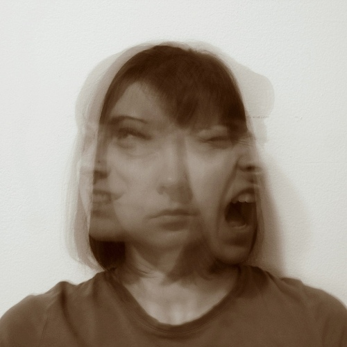 screaming-woman-3-faces-moods-insanity-germany-referendariat-teacher