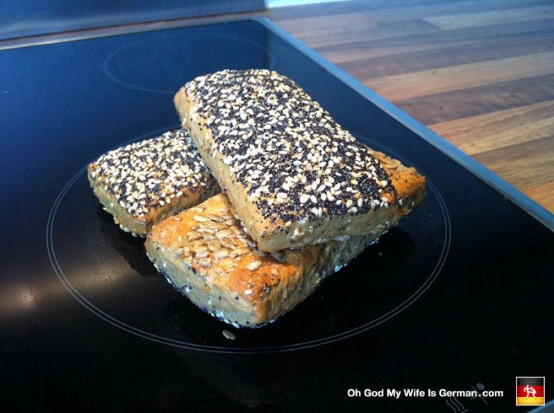 weltmeisterbrotchen-seedy-german-bread-roll