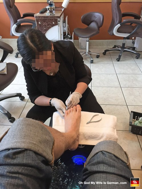 My wife dragged me to a pedicure in Vancouver, Washington. Now, I have a lot of flaws, but I gotta say, I have REALLY nice feet for a dude. Am I wrong?