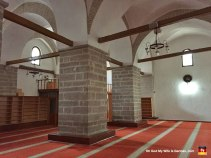 Man, but they DO keep these mosques clean, don't they? Jesus.