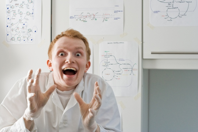 crazy-mad-scientist-nerd-funny-lab