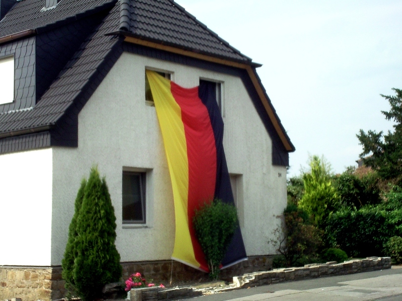 huge-german-flag-house