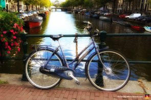 11-bicycle-in-amsterdam-romantic-beautiful