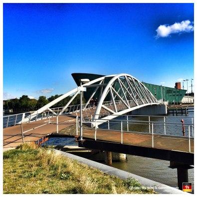 50-bridge-to-science-center-nemo-amsterdam