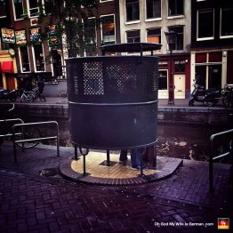 59-open-public-urinal-amsterdam-red-light-district